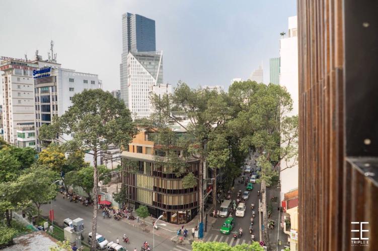 Cho thuê nhà mặt tiền, cách chợ Bến Thành 300m, sổ hồng đầy đủ.
