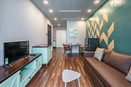 Bán căn hộ Vinhomes Golden River 1PN, tầng cao, đầy đủ nội thất, view sông thoáng mát
