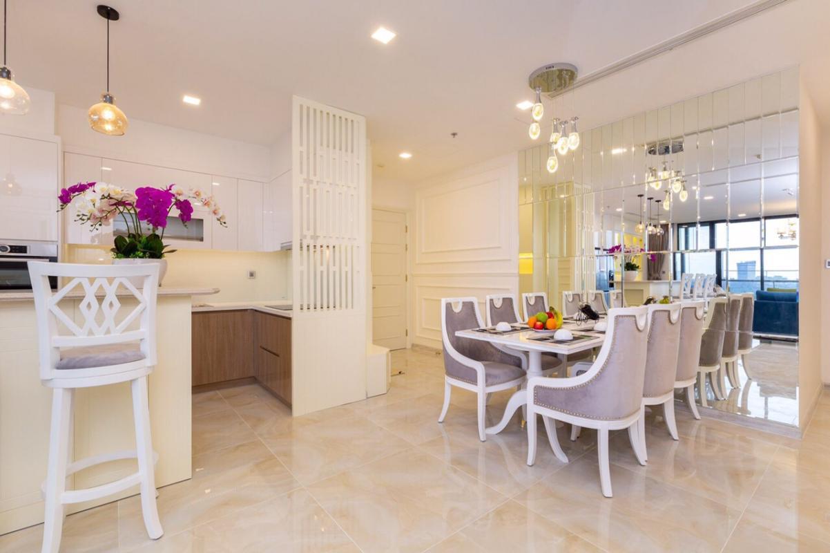 1571470394217 Bán hoặc cho thuê căn hộ Vinhomes Golden River 3PN, đầy đủ nội thất, view sông Sài Gòn và bán đảo Thủ Thiêm