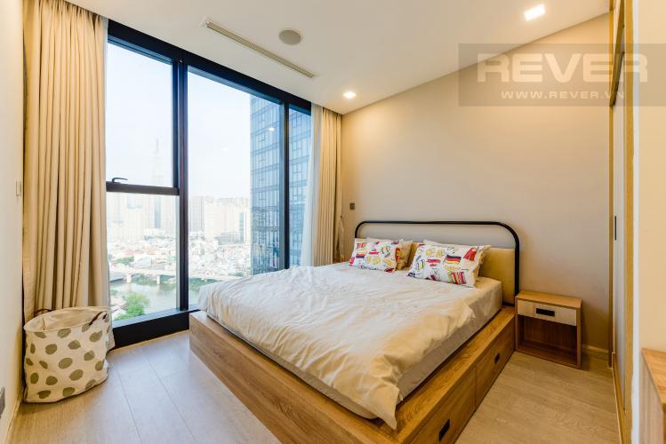Phòng ngủ 1 Căn hộ Vinhomes Golden River tầng cao, view sông, 2PN, nội thất đầy đủ