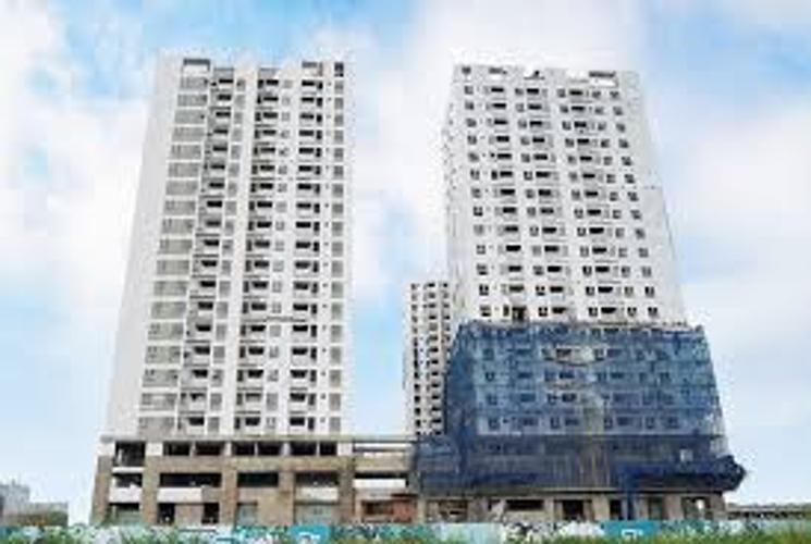 Building căn hộ Q7 Boulevard Căn hộ Office-tel Q7 Boulevard tầng trung, bàn giao nội thất cơ bản.