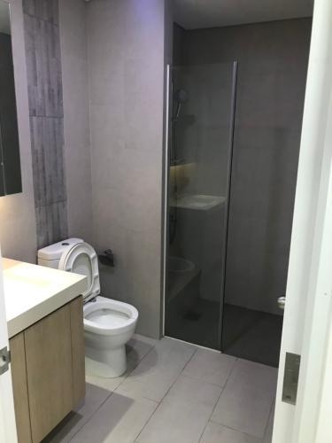 wc căn hộ 2 phòng ngủ estella heights Căn hộ Estella Heights đầy đủ nội thất, view thoáng mát.
