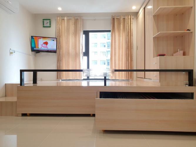 Căn hộ Offictel Vinhomes Grand Park bàn giao nội thất gỗ sang trọng.
