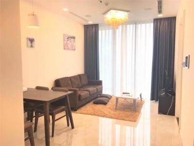 Cho thuê căn hộ 2 phòng ngủ Vinhomes Golden River, tầng thấp, đầy đủ nội thất, view sông và Landmark 81