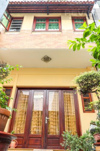 Tổng Quan Mặt Sau Nhà Bán nhà phố 2 tầng đường Kinh Dương Vương, Quận 6, diện tích đất 190m2, đầy đủ nội thất, cách Vòng xoay Phú Lâm 500m
