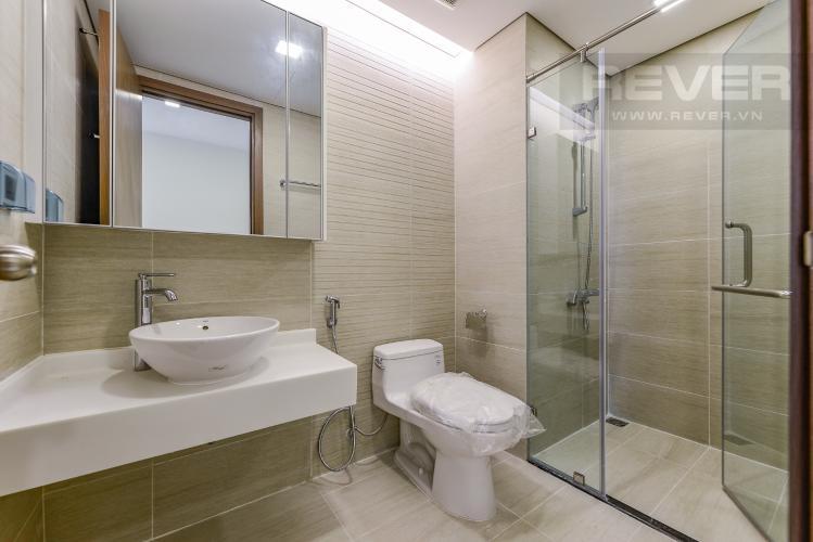 Phòng tắm 1 Căn hộ Vinhomes Central Park 2 phòng ngủ tầng cao P7 nhà trống