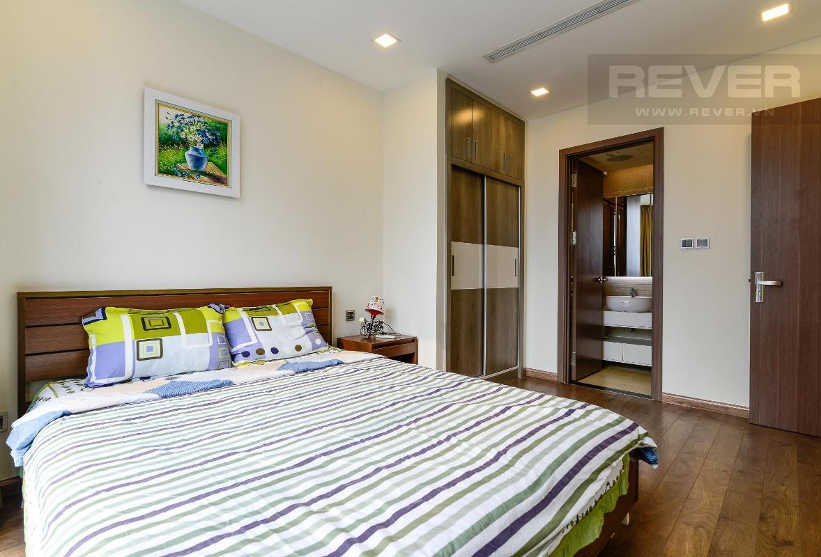3 Cho thuê căn hộ Vinhomes Central Park 2PN, tầng thấp, diện tích 75m2, đầy đủ nội thất, view nội khu
