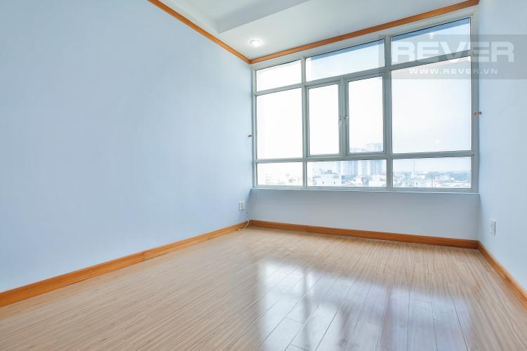 Phòng Ngủ 2 Căn góc Phú Hoàng Anh 3 phòng ngủ tầng trung tòa B2 nội thất cơ bản