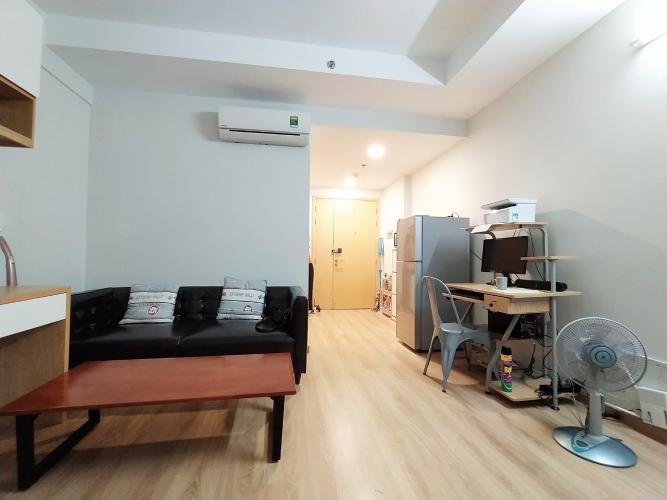 Phòng khách Kingston Residence, Phú Nhuận Căn hộ Officetel Kingston Residence ban công view Đông Nam.