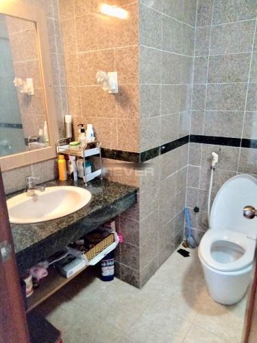 Phòng tắm căn hộ Hoàng Anh Gold House, Nhà Bè Căn hộ tầng thấp Hoàng Anh Gold House, view đón gió mát.
