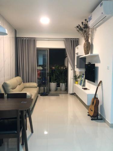 Căn hộ tầng trung - The Sun Avenue đầy đủ nội thất