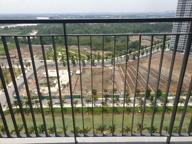 Ban công căn hộ Vinhomes Grand Park Căn hộ Vinhomes Grand Park tầng 19 view nội khu, chưa có nội thất.