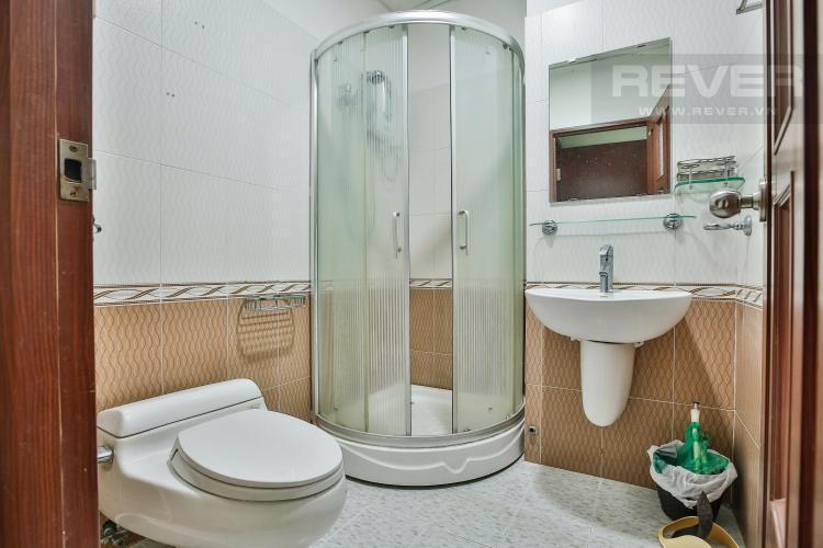 Toilet 2 Căn hộ Orient Apartment 3 phòng ngủ tầng thấp A3 đầy đủ nội thất