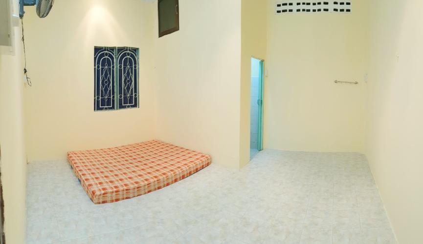 Phòng ngủ nhà phố đường số 2, Gò Vấp Nhà phố Gò Vấp hướng Đông Nam hẻm 5m, thích hợp kinh doanh.