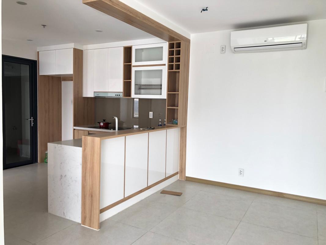 IMG-2114 Bán hoặc cho thuê căn hộ New City Thủ Thiêm 3PN, tầng 20, tháp Venice, nội thất cơ bản, view hồ bơi và sông Sài Gòn