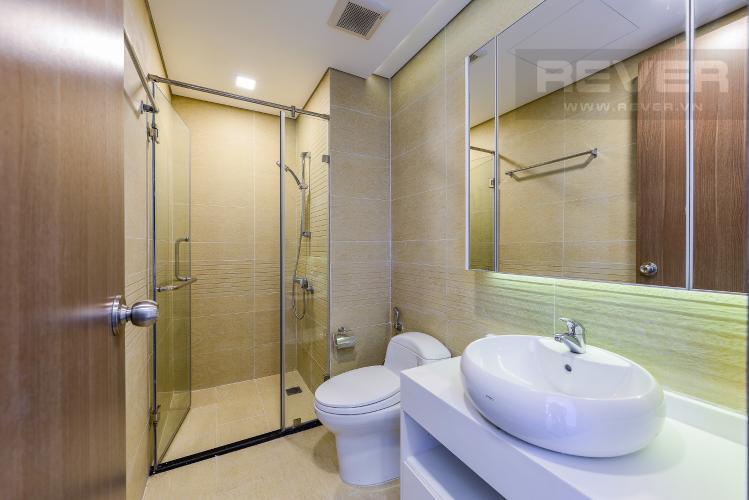 Phòng tắm 2 Căn hộ Vinhomes Central Park tầng cao Park 1 nội thất cơ bản