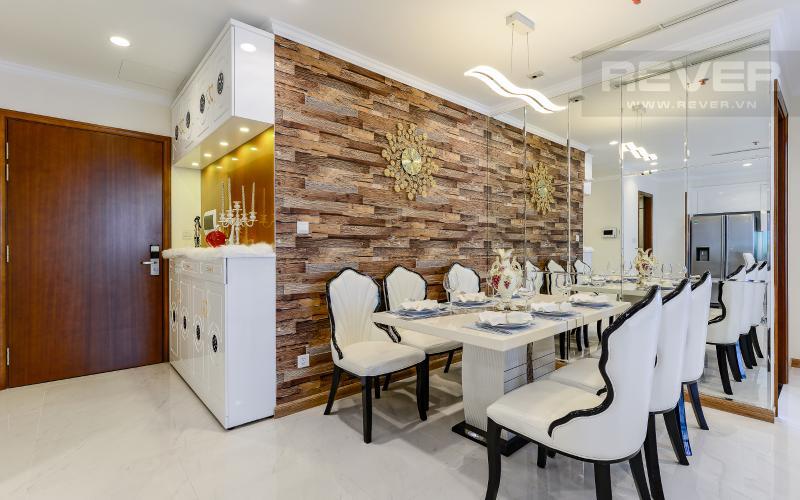 Bàn ăn Căn hộ 3 phòng ngủ tiện nghi, đẳng cấp tại The Central 1, Vinhomes Central Park