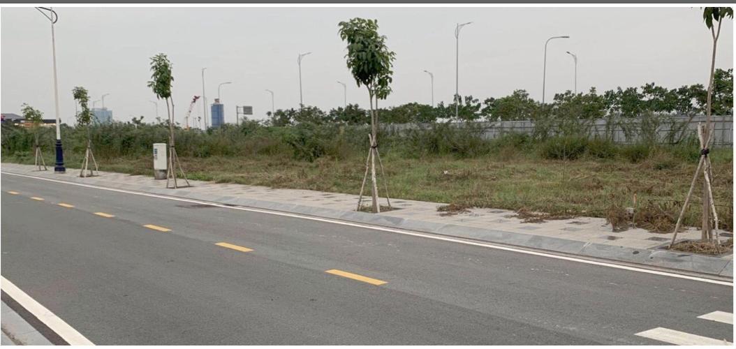 Bán đất nền mặt tiền Quận 2, diện tích 7x20m, cách đảo Kim Cương 900m.