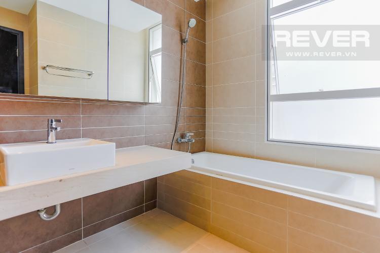 Phòng Tắm 1 Căn hộ Sunrise City 3 phòng ngủ tầng cao V5 đầy đủ nội thất
