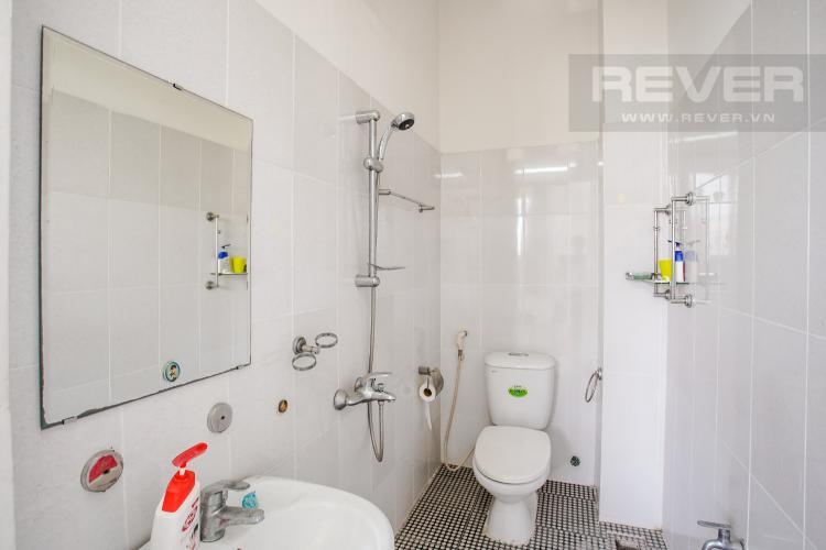 Phòng Tắm 2 Tầng 1 Bán nhà phố tại Nhà Bè, 2 tầng, 4PN, 4WC, sổ hồng chính chủ