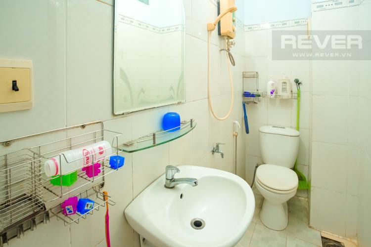 Phòng Tắm 1 Tầng 1 Cho thuê nhà phố 3 tầng, phường Bình An, Q2, diện tích đất 92m2, đường trước nhà 2 ô tô tránh nhau