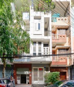 Nhà phố hẻm xe hơi đường Nguyễn Hữu Cảnh, quận Bình Thạnh