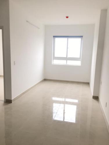 Bên trong Topaz Home 2 Căn hộ Topaz Home 2 tầng thấp, nội thất cơ bản chủ đầu tư.