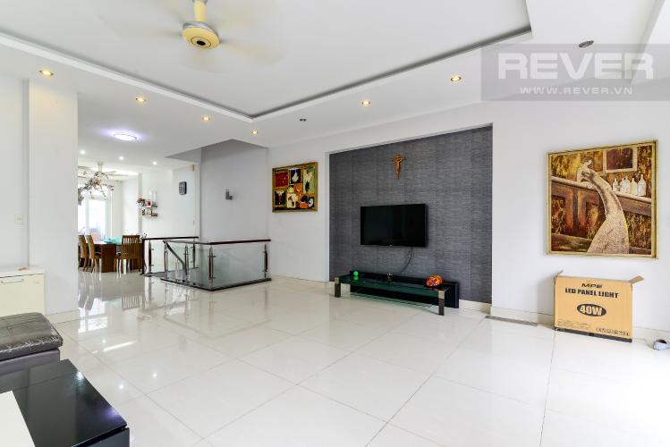 Phòng Khách Cho thuê biệt thự đường số 37, phường An Khánh, Quận 2, đầy đủ nội thất, diện tích đất 182m2, cách đường Lương Định Của 600m