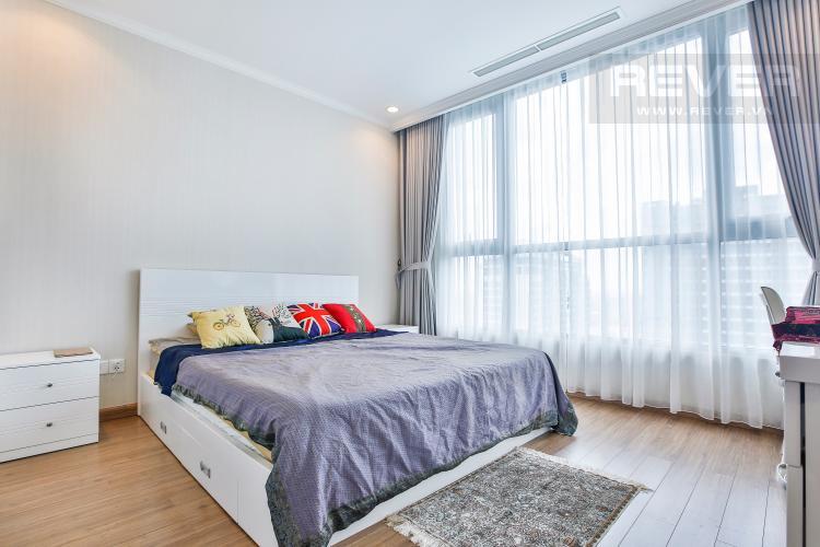 Phòng ngủ 2 Căn hộ Vinhomes Central Park tầng cao hướng Đông Bắc tháp Central 3