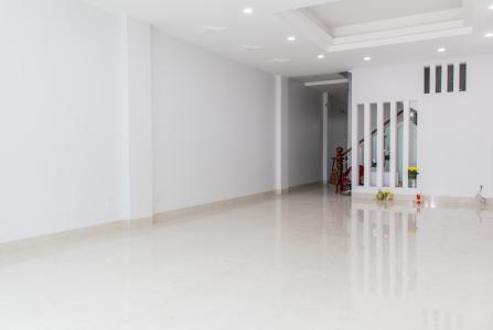 Bán nhà phố KDC Nam Long Quận 7, 8 phòng ngủ, diện tích đất 130m2, sổ hồng chính chủ