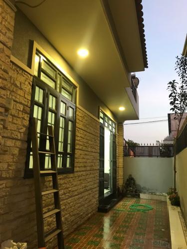 Sân nhà phố Quận 9 Bán nhà đường Nguyễn Duy Trinh, Quận 9, thổ cư 85m2, cách chợ Long Trường 700m