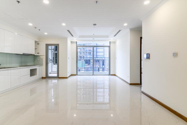 Căn hộ Vinhomes Central Park 3 phòng ngủ tầng thấp L6 nhà trống