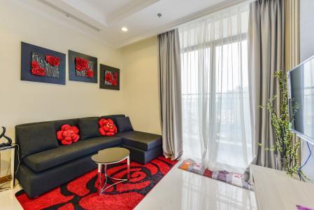Căn hộ Vinhomes Central Park 2 phòng ngủ tầng cao L3 nội thất đầy đủ