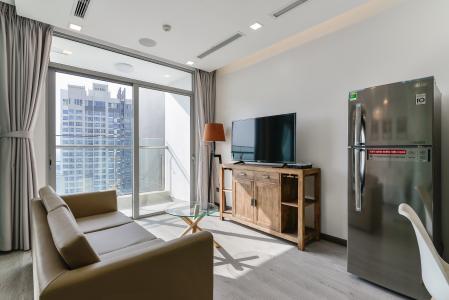 Căn hộ Vinhomes Central Park 1 phòng ngủ tầng cao P6 nội thất đầy đủ
