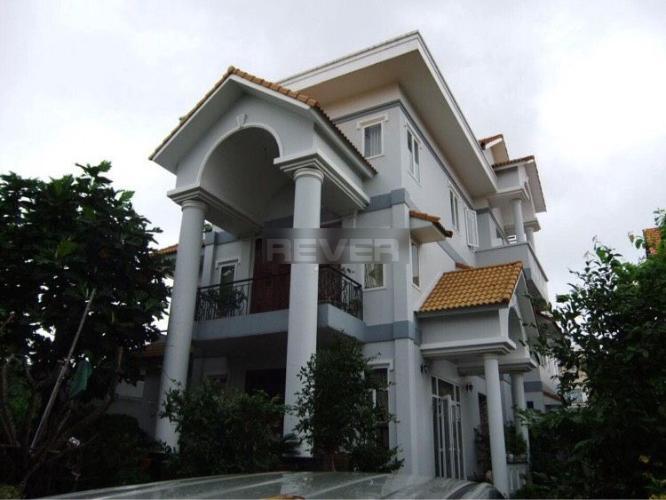 Nhà phố Bình An, Quận 2 Nhà phố diện tích 220m2, hướng Đông có sân vườn.