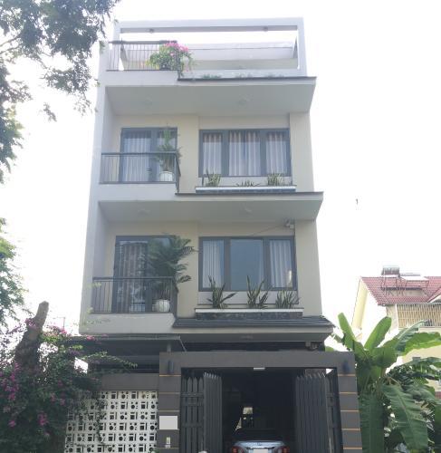 Mặt tiền nhà phố Quận 9 Nhà phố KDC Hưng Phú kết cấu 1 trệt 3 lầu, có Gara để xe hơi trong nhà.