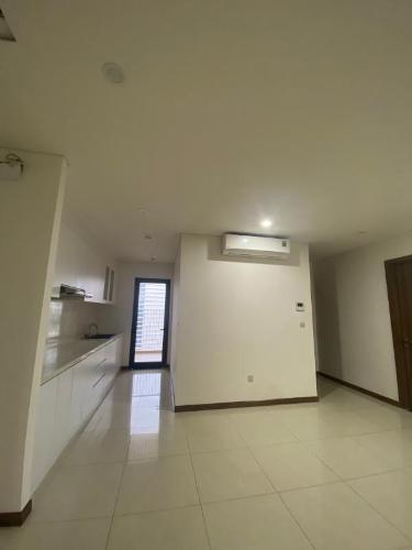 Căn hộ HaDO Centrosa Garden tầng 17, nội thất cơ bản.