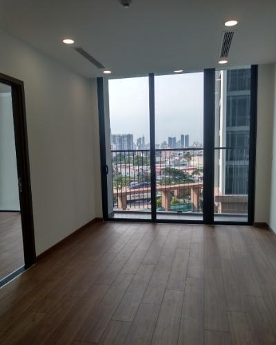 Căn hộ tầng 5 Eco Green Saigon view thoáng mát, nội thất cơ bản.