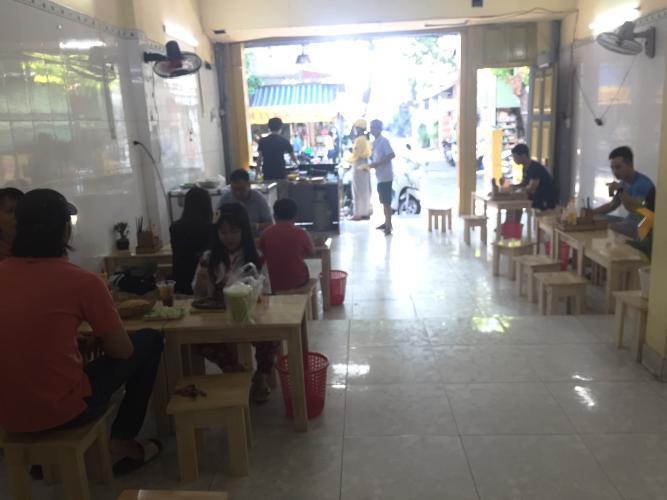 Không gian nhà phố Quận Thủ Đức Nhà phố mặt tiền đường số 9, cách đường Phạm Văn Đồng 230m tiện di chuyển.