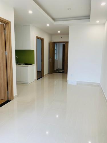 Căn hộ Lavita Charm tầng 9 thiết kế hiện đại, nội thất cơ bản.