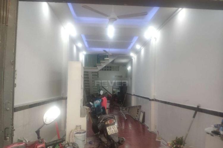 Nhà phố hẻm xe hơi đường Võ Văn Tần, cách bệnh viện Quận 1 chỉ 100m.
