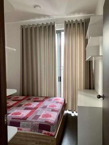PHÒNG NGỦ căn hộ Tresor Căn hộ The Tresor tầng cao đầy đủ nội thất, view sông và thành phố.