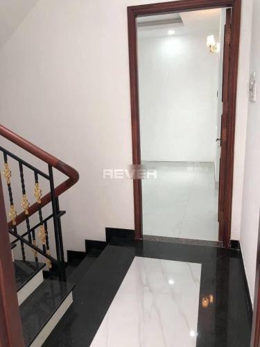 Không gian nhà phố Quận Bình Tân Nhà phố Q.Bình Tân hướng Nam 1 trệt 3 lầu diện tích sử dụng 240m2.