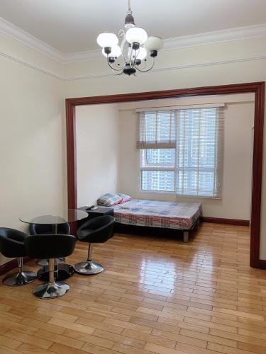 Căn Officetel tầng 20 view nội khu yên tĩnh, đầy đủ nội thất.