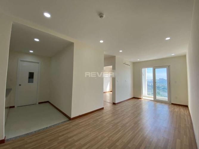 Căn hộ Diamond Riverside tầng cao view thoáng mát, nội thất cơ bản.