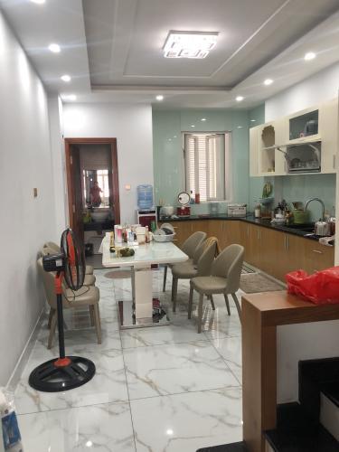 Phòng bếp nhà phố Quận Phú Nhuận Nhà phố mặt tiền đường Trần Huy Liệu diện tích 74m2, đầy đủ nội thất.