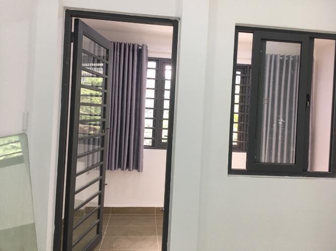 Phòng ngủ nhà phố Nhà phố Gò Vấp gần mặt tiền đường Quang Trung, hướng cửa Tây Nam.