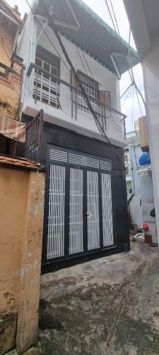 Nhà phố hẻm rộng 3m đường Hậu Giang, kết cấu 1 trệt 1 lầu không nội thất.