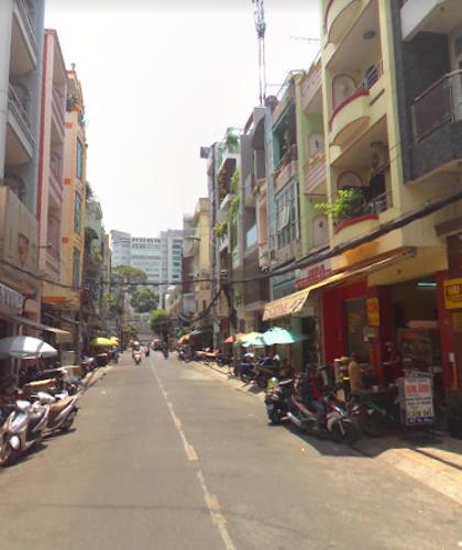 Đường trước mặt bằng kinh doanh Quận 5 Mặt bằng kinh doanh đường Ký Hoà, diện tích 52m2 khu dân cư đông đúc.