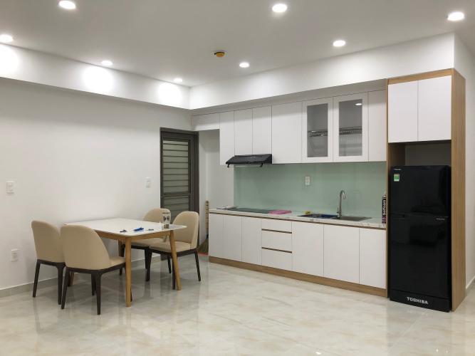 Căn hộ Saigon South Residence tầng 17, đầy đủ nội thất và tiện ích.